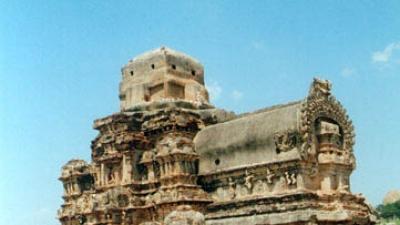 హజార రామా దేవాలయం