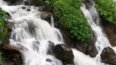 அம்போலி நீர்வீழ்ச்சி