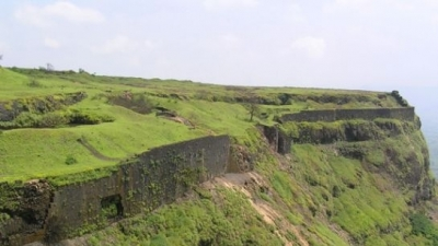 വിസാപൂര് ഫോര്ട്ട്