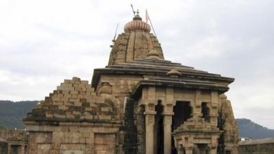 బైజనాథ్ శివాలయం