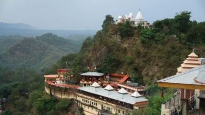 ബാബ ബാലക നാഥ് ക്ഷേത്രം