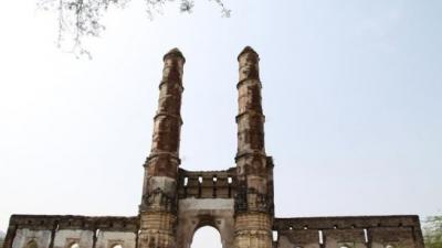 செங்கல் கல்லறை