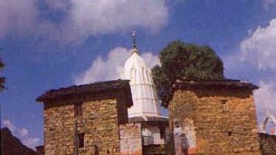मोस्तमनु मंदिर