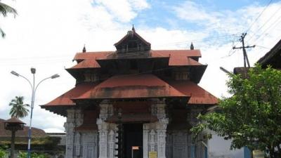 पूर्णात्रयेसा मंदिर