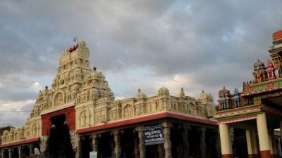திருச்செந்தூர் முருகன் கோவில்