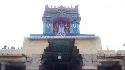 राजगोपाला स्वामी मंदिर