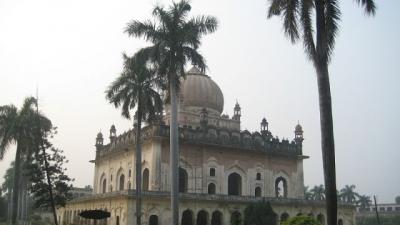 ഗുലാബ് ബാരി