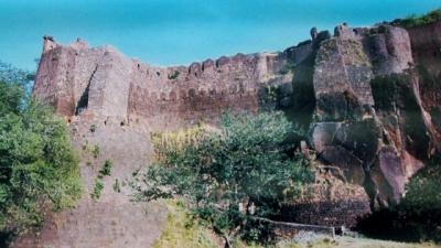 ಅಸಿರ್ ಘರ್ ಕೋಟೆ