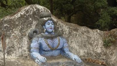 படா மஹாதேவ் குகை