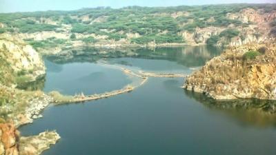 தௌஜ் ஏரி