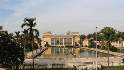 Chow Mohalla Palace