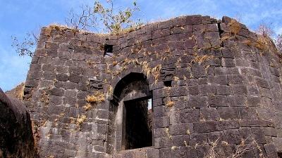 कर्नाला किला