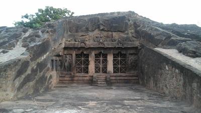 मोगलराजपुरम की गुफाएं
