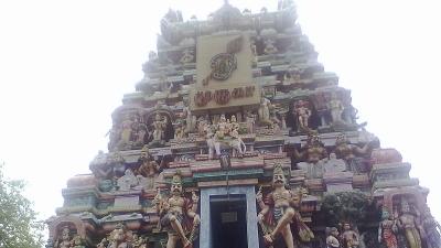 पुगझिमलई श्री अरूपदई मुरुगन मंदिर