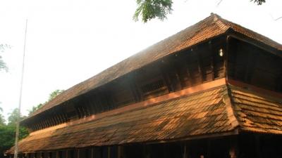 हरिकन्याका मंदिर