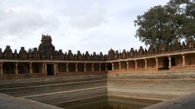 గవి వీరభద్ర స్వామి దేవాలయం