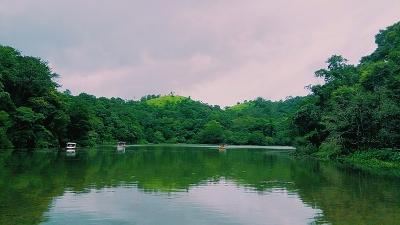 पुकूट झील