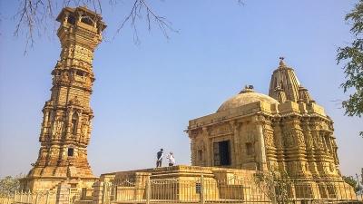सतबीस देओरी मंदिर