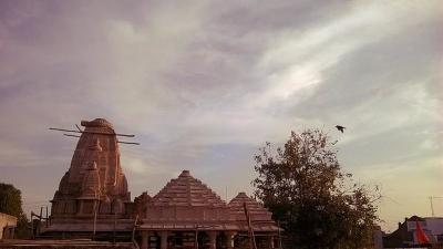 துஷ்மேஷ்வர் மஹாதேவ் கோயில்
