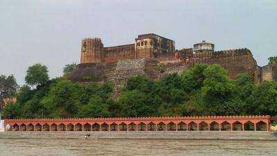 अख्नुर किला