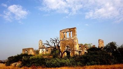 अजबगढ़ का किला