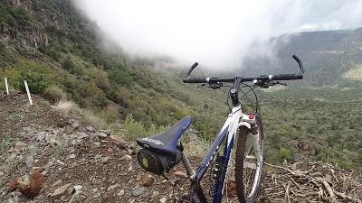 माउंटेन बाईकिंग
