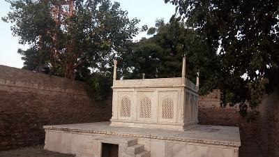 अब्दुल्ला खान का मकबरा