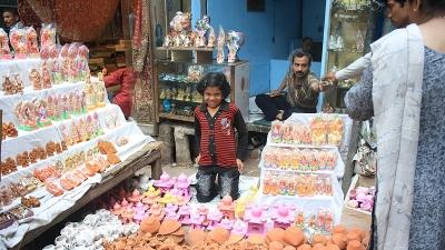 अलीगढ़ में खरीदारी