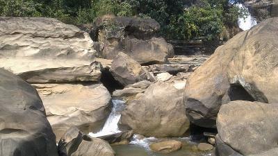 அகுரி நளா