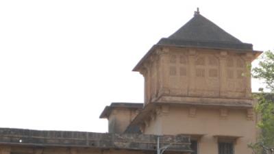सिंहपुर महल