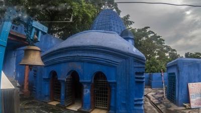 टूटी झरना मंदिर