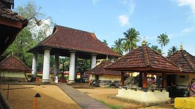 திருவஞ்சிக்குளம் மஹாதேவா கோயில்