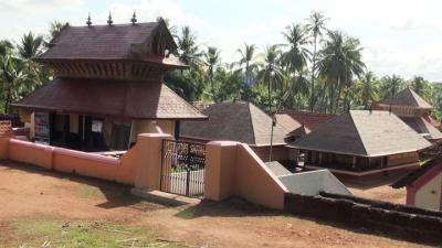 मदियाँ कुलम मंदिर