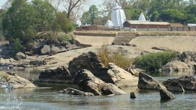 ഹുമയിലെ ചെരിഞ്ഞ ക്ഷേത്രം
