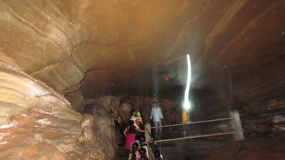 कोटुमसर गुफाएं