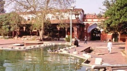फतेहपुरी मस्जिद
