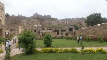 गोलकुंडा किला