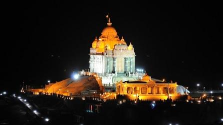 விவேகானந்தர் பாறை/விவேகானந்தர் நினைவு மண்டபம்