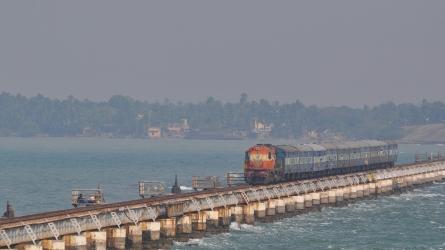 അണ്ണൈ ഇന്ദിരാഗാന്ധി റോഡ് ബ്രിഡ്ജ്