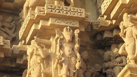 துல்ஹாதேவ் கோயில்