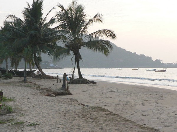 Karwar photos, Karwar Beach - Palms On Coast