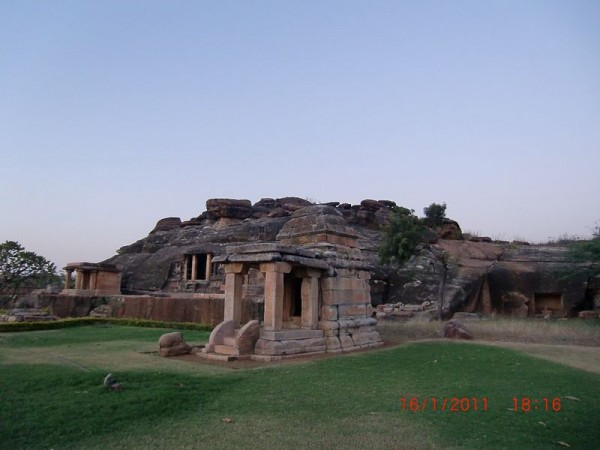 Aihole photos, Ravana Phadi - A Distant View