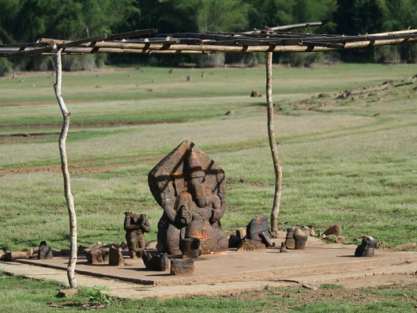 Kabini Photos - Ganesha Temple On The River Bank