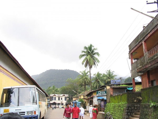 Kollur photos, Mookambika Temple - Way to temple