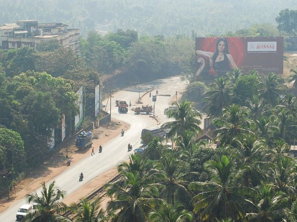 Mangalore Photos - Distant View of Road