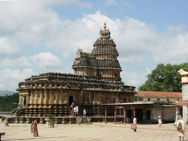 Sringeri photos, Vidya Shankara Temple - Distant view