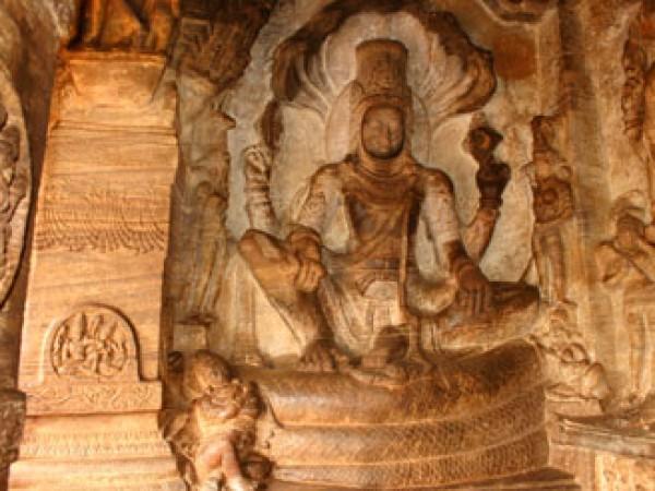 Badami photos, Cave Temples - Vishnu