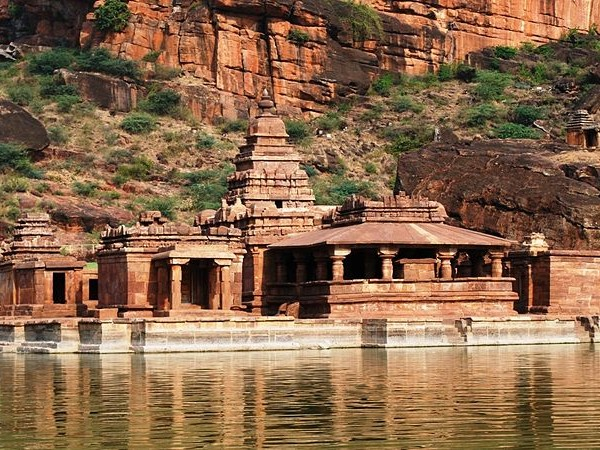 Badami photos, Bhutanatha Temple