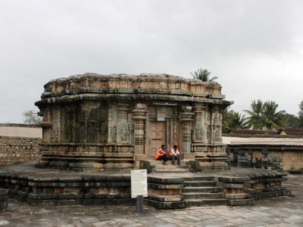 Belur photos, Veera Narayana Temple