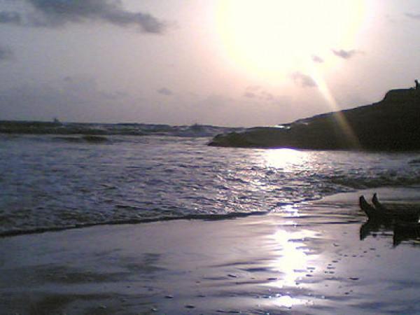 Byndoor Photos - The Beach